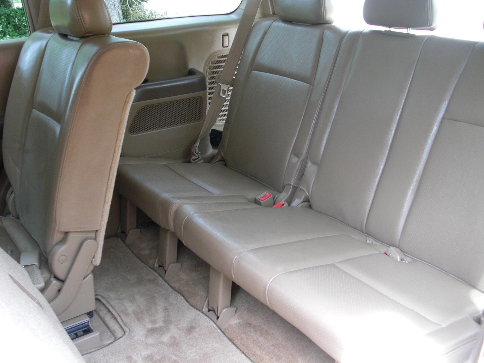 Honda_pilot_2005_1