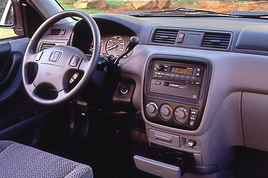 Honda-CR-V I (1-ого поколения рейст.)