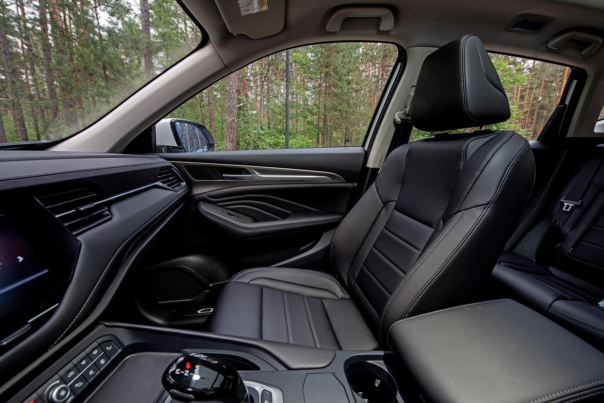 Haval F7 фото салона переднее кресло пассажира