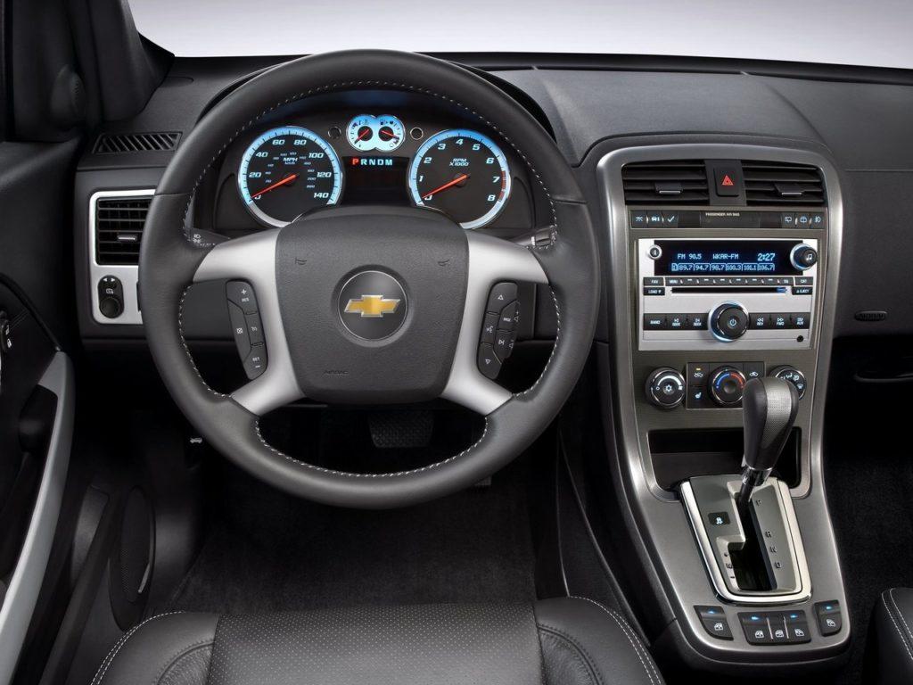 Chevrolet Equinox I (фото салона)