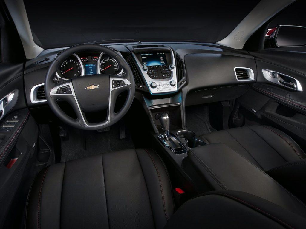 Chevrolet Equinox II рестайлинг (салон)